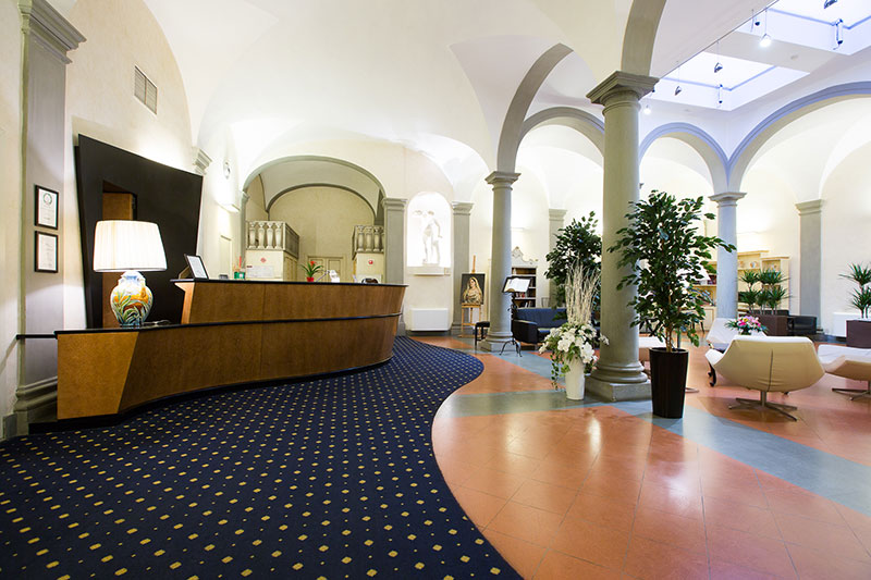 hotel centrale firenze hall